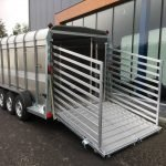 Ifor Williams veetrailer 427x178x183cm 3500kg tridemas ifor-williams-veetrailer-427x178x183cm-3-as-veetrailers-pak-aanhangwagens-zijkant-open-2-0