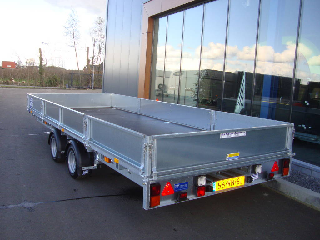 Ifor Williams plateau 547x225cm 3500kg 2-as PAK Aanhangwagens achterkant