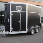 Ifor Williams HB506 2 paards paardentrailer Ifor Williams HB506 2 paards paardentrailer zwart PAK Aanhangwagens overzicht