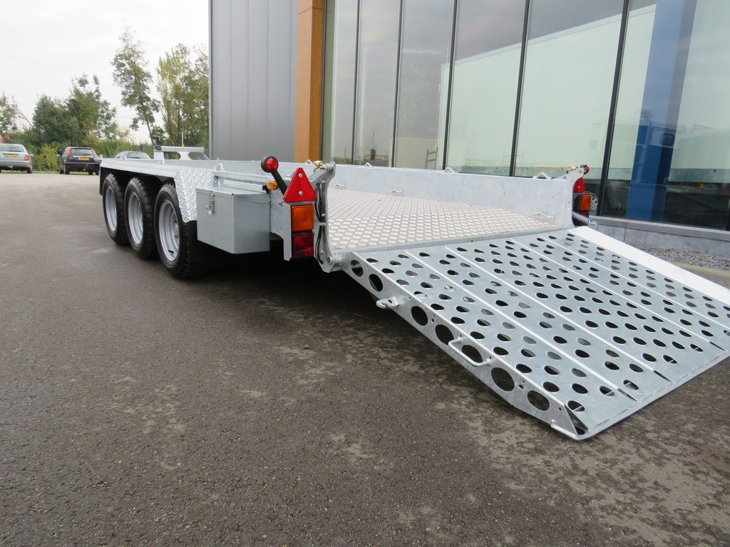 Ifor Williams GH146 machinetransporter 419x184cm 3500kg tridemas Ifor Williams machinetransporter 419x184cm 3500kg PAK Aanhangwagens oprijklep